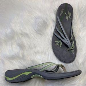 Ahnu by Teva Sonoma Comfort Flip Flops Size 8
